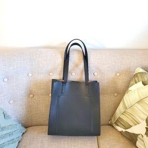 ❤HOST PICK❤ Marcs tote bag and charm